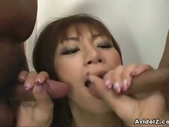 Hot asian babe mika mizuno gives a double blowjob