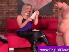 Domina scratches slave