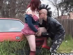 Curvy real gf gets fingered