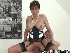 Lady sonia gets pounded