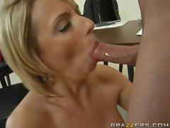 Brianna Beach swallows an huge shaft down her throat