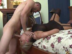 Phoenix Marie get her blonde puss fuck in the bedroom