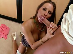 Big titted Rachel Roxx opens her naughty mouth for a massive dick