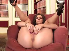 Small titted hottie Bobbi Star manipulates her pussy until she cums