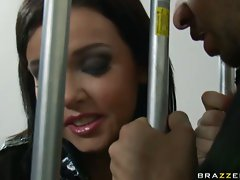 Slutty cop Emma Heart loves to give blowjobs to prisoners