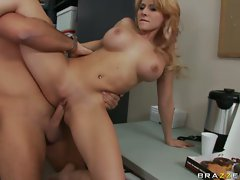 Sexy Madison Ivy gets her pussy fucked good and hard
