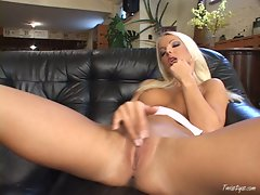 Busty Veronika Simon gets off as she fingers her hot wet pussy