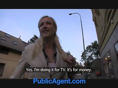 PublicAgent Blonde Ex-Girlfriend Rides my Cock in my Ca