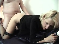 Rampant amateur loves getting her hot pussy pummelled