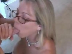 Amber is sexy when sucking dick