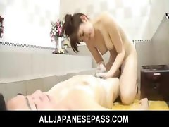 Japanese honey Karin Kusunoki in the tub fucking a cock