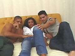 Great threesome bisexual