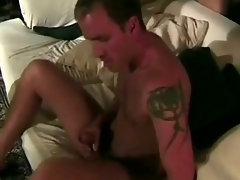 Tranny Cumhozed hairy dick
