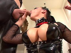 Fetish babe Pyrah Lee sucks off two cocks