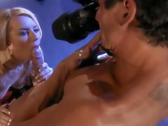 Lexi Belle waste no time getting naked and putting a big dick in her cunt