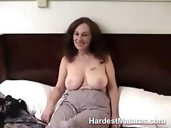 Mature amateur gives blowjob