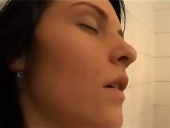 German lady banged in the bathtub