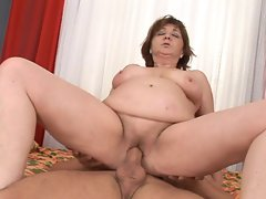 Obese granny wants a 18 years old shaft