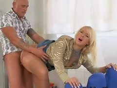 Pissing ffm fuck threesome