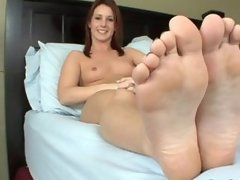 Tweety Valentine Meet Foot