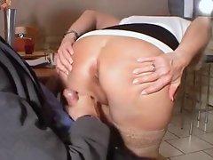 Vieille salope veut du sex anal by Clessemperor