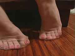 Devine nylon feet