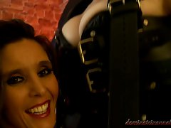 Femdom Dominatrix Annabelle and her dirty female slave