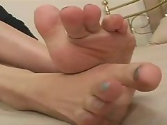 Feet 35 (Japanese Feet)