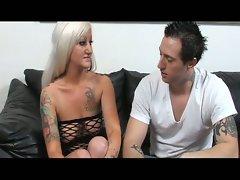 Hot mature babe seduces this big dick rocker
