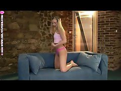 Seducive blond in pink thongs