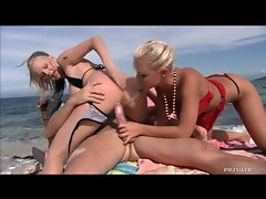 Smoking hot blonde babes getting slammed at the beach