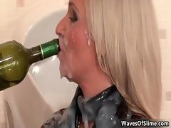 Cum loving druunk blonde gets covered