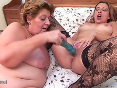 Fatty lezzy banged by 19 years old cutie