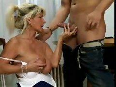 Saggy Mama 4