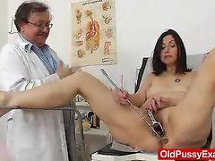 Gray oma filthy mom experienced bushy slit inspection