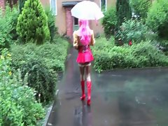 rubber maid public in the rain...