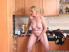 Granny feels aroused and needs to get off