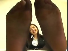 Sensual japanese feet in Nylons