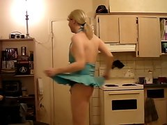 transsexual lily annie: ONE TWO THREE FOUR!
