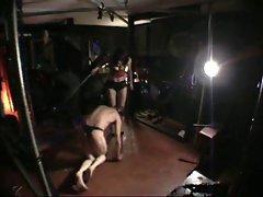 Bullwhipping from bdsmstreak.com