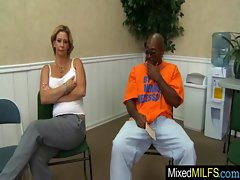 Milf Get Inside Her Pussy A Big Black Cock movie-27