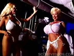Sarenna Lee &amp_ Traci Topps nurses - V&igrave_deo