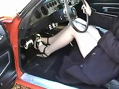 1971 Dodge Charger &amp, High Heels