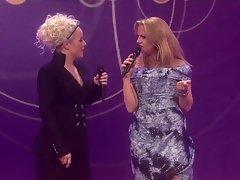 Der Zungenkuss Barbare Schoeneberger und Ina Mueller