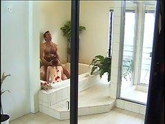 Gwen Summers Sucks In A Bath Full Of Roses