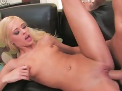 Blonde hooker with shaved cunt copulated