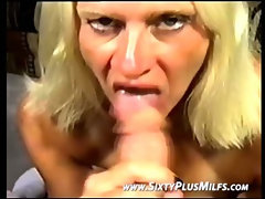 Granny takes dick deep in het mouth