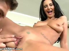 Brunette Gets Purring Pussy Probed By Stud