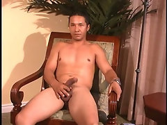 Str8 Latino negotiation to let me suck his big cock.
