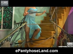 Flossie in great pantyhose video